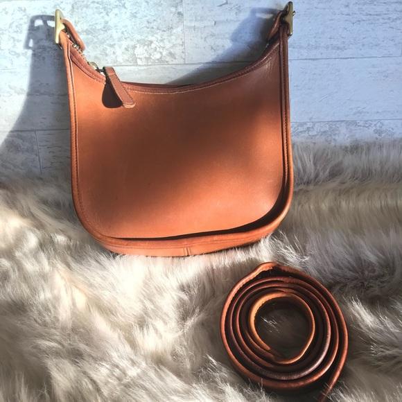 Coach Handbags - COACH Vintage Legacy Messenger Bag